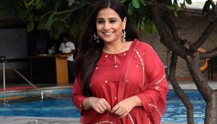 Vidya Balan Making Masks With Blouse Piece: You also try to watch the video